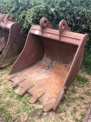 4ft Digging Bucket