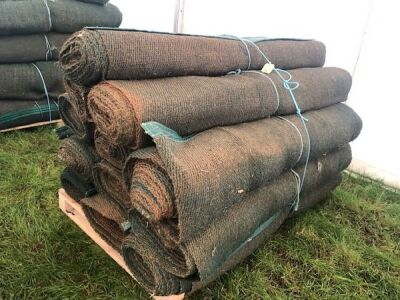 12 x Rolls 6' x 12m Various Length Green Matting