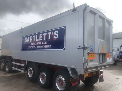 2010 Wilcox 68yd Planksided Alloy Body Tipping Trailer - 4