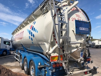 2017 Feldbinder 60m³ Triaxle Tipping Silo Trailer - 4
